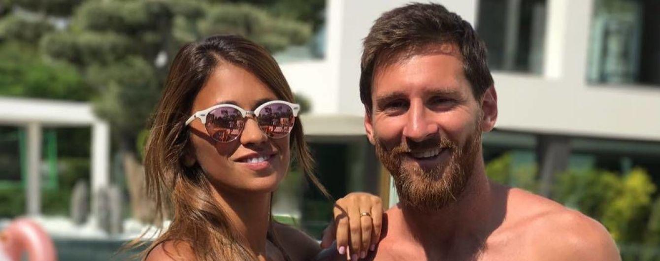 Преимущества беременности: Месси вместе с женой сделали очень забавную фотографию