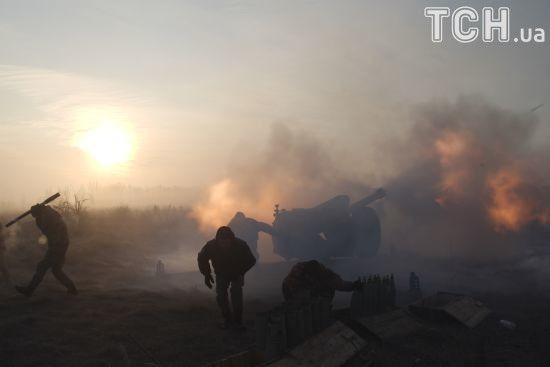 Двоє українських військових були поранені на Донбасі. Як минула доба в зоні АТО