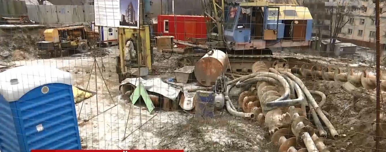 В Киеве разгорелся конфликт вокруг застройки археологического памятника