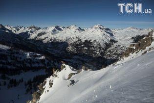 У французьких Альпах зійшли лавини: є постраждалі