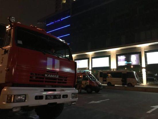 Рятувальники розповіли подробиці пожежі у торговельному центрі Silver Breeze