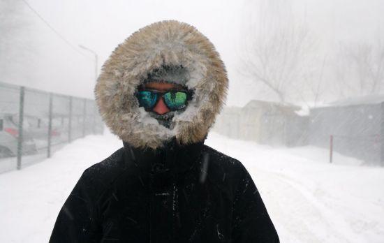 У понеділок сніг ітиме в усіх регіонах України. Прогноз погоди на 15 січня