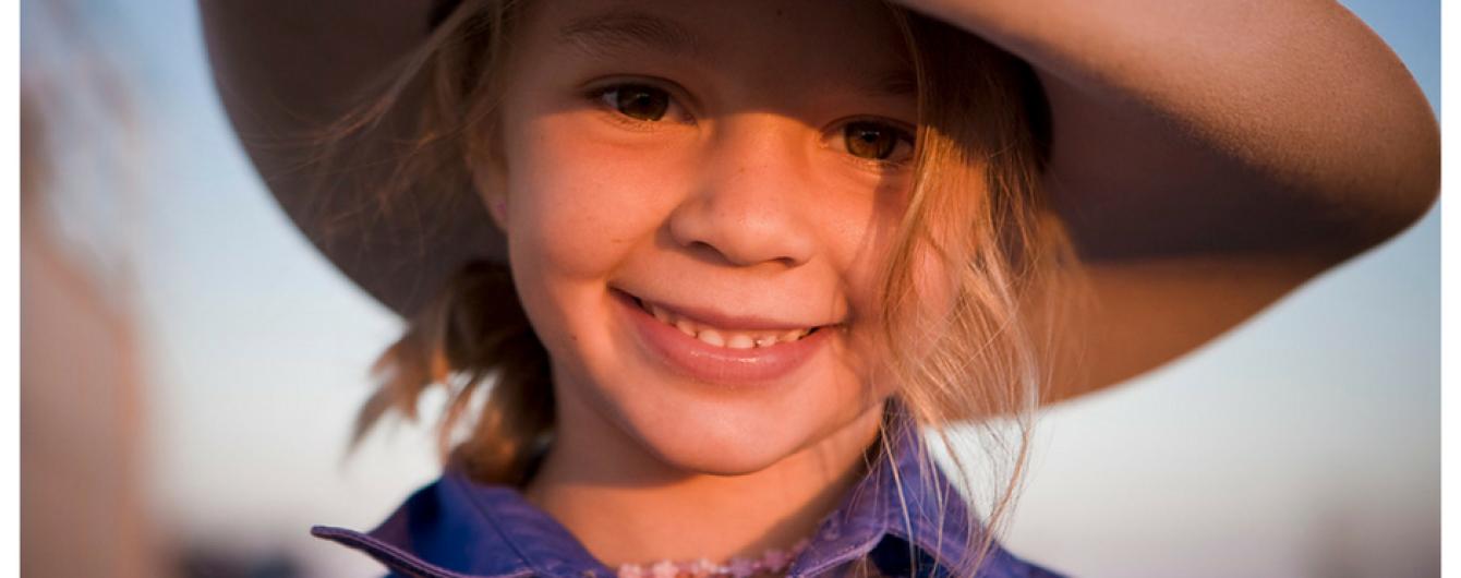 В Австралії через цькування інтернет-тролів 14-річна модель наклала на себе руки