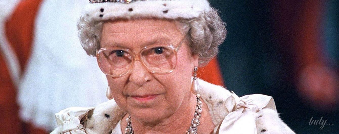 Тяжело быть королевой: Елизавета II рассказала о главном недостатке своей короны