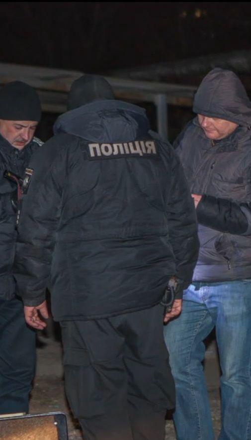 В Днепре разыскивают злоумышленников, которые посреди улицы похитили двух людей