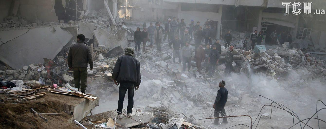 Сирійських військових звинуватили у газовій атаці під Дамаском