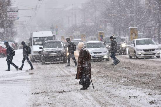Через ускладнення погодних умов до Києва знову можуть обмежити в'їзд вантажного транспорту - КМДА