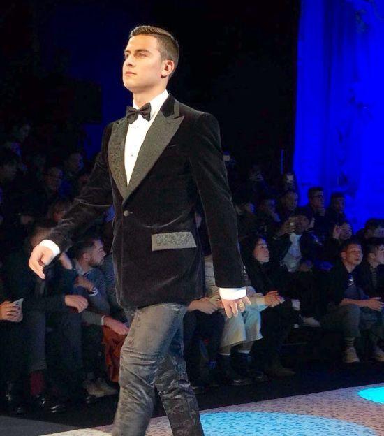 """Зірка """"Ювентуса"""" засвітився на тижні моди у Мілані"""