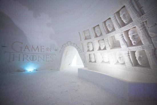 """Для шанувальників """"Гри престолів"""" збудували крижаний готель у Лапландії"""