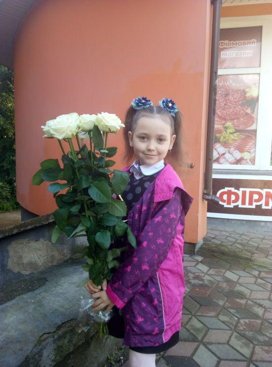 Єдина на всю Україну: Іванці потрібне лікування від вкрай рідкісної хвороби