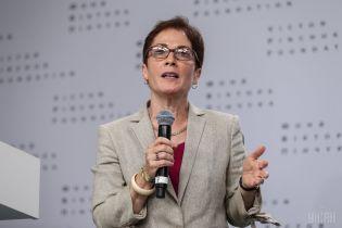 Посол США розповіла, за яких умов Україна безкоштовно отримає від Сполучених Штатів летальну зброю
