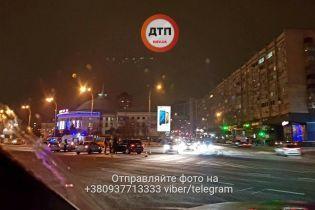 У Києві між цирком і зоопарком сталося одразу сім аварій