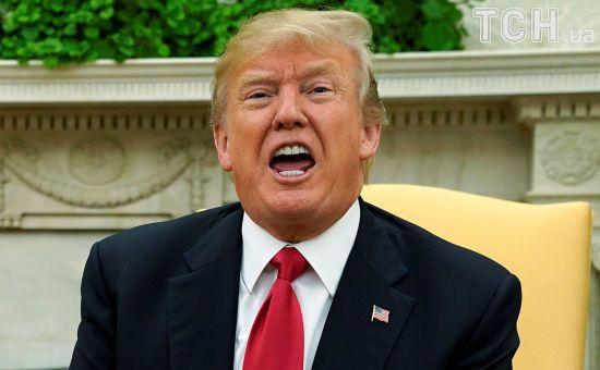 """""""Шатдаун"""" зірвав Трампу святкування першої річниці президентства на розкішному курорті у Флориді"""