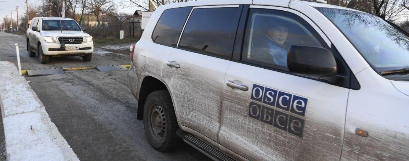"""Звіт місії ОБСЄ: збільшення кількості вибухів та поява ворожих """"Градів"""" на Донбасі"""