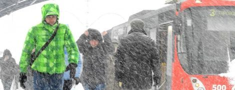 Украину завалит снегом до колен, будут метели и заносы на дорогах
