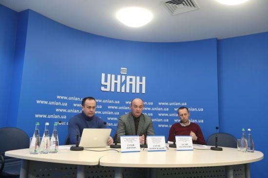 Представники малого бізнеса в Києві вимагають долучити їх до конкурсу з благоустрою міських зупинок