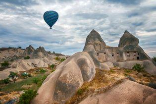 Некурортна Туреччина, яку має побачити кожен. Печерний готель та казкові кам'яні долини Каппадокії