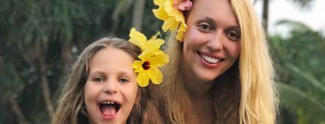 В костюме сингальца и с цветами в волосах: Полякова отпраздновала день рождения на Шри-Ланке