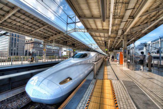 """Японські потяги будуть """"вдавати"""" собачий гавкіт та оленяче фиркання"""