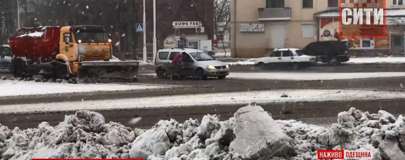 В Одесской области насчитали рекордные убытки от январских снегопадов