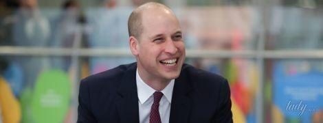 Решил проблему лысины: принц Уильям блеснул на публике новой прической