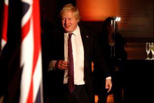 Висилка британських дипломатів з РФ безглузда та нашкодить лише росіянам - Борис Джонсон