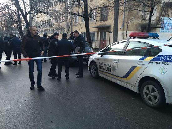 Стрілянина в Одесі: у реанімації помер поліцейський