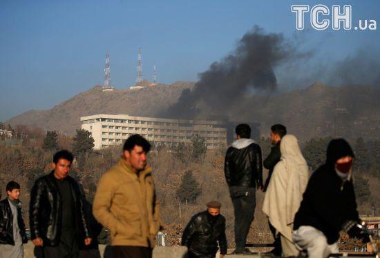 Напад бойовиків на готель в Кабулі: силовики врятували більше 100 людей