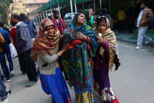 В Индии минимум десять человек скончались в результате опасного вируса