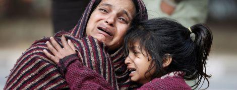 В Индии около 20 человек сгорели во время пожара на складе