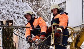 Последствия непогоды в Украине: обесточено 174 населенных пунктов, но разблокирована трасса Киев-Одесса