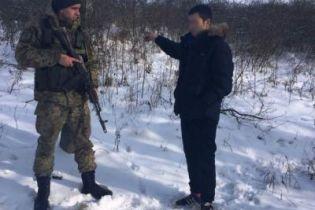 Россиянин с обмороженными конечностями пересек украинскую границу и захотел стать беженцем