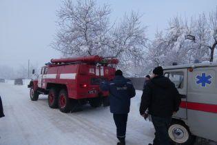 В Украине бушует непогода: дороги превратились в катки, а люди сидят без света и тепла