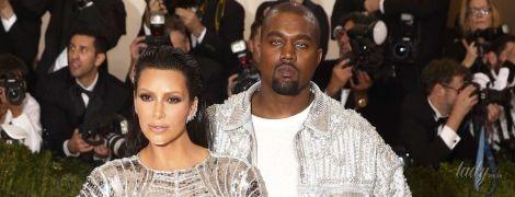 В своем репертуаре: Ким Кардашьян и Канье Уэст дали оригинальное имя новорожденной дочери