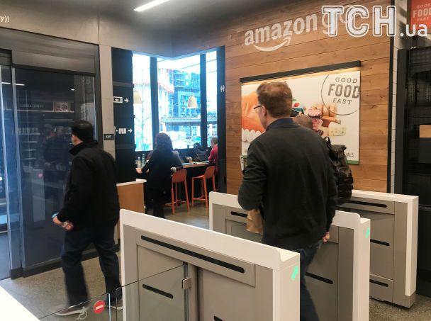 Amazon открывает первый в мире супермаркет без касс и продавцов