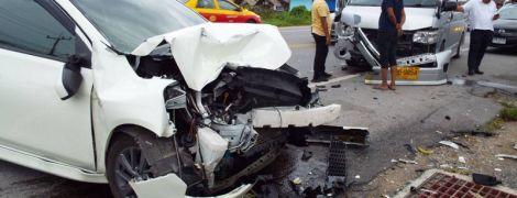 У Таїланді авто з українцем та двома росіянками потрапило у смертельну ДТП