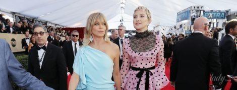 Выглядят как сестры: 72-летняя Голди Хоун и 38-летняя Кейт Хадсон на церемонии в Лос-Анджелесе