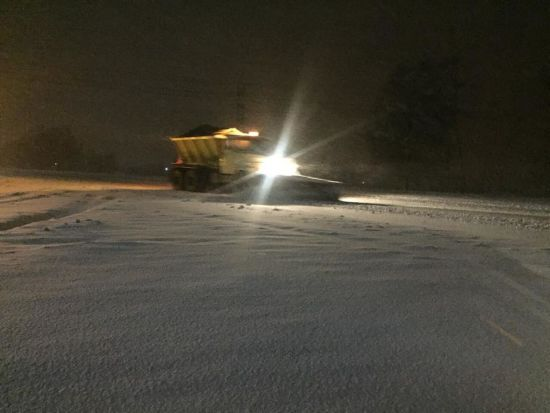 На Півдні та Сході вирують хуртовини, через снігопад ввели заборону руху для вантажівок