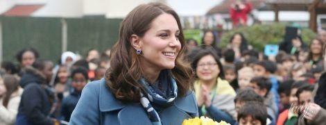 В платье для беременных за 137 долларов: новый выход герцогини Кембриджской