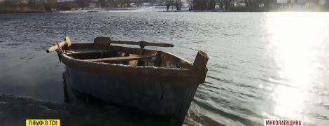 Трагедія на переправі: у Південному Бузі потонули, а потім замерзли дві 20-річні дівчини