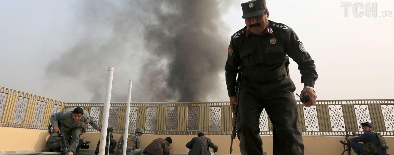 Волна терактов в Афганистане унесла жизни 24 человек