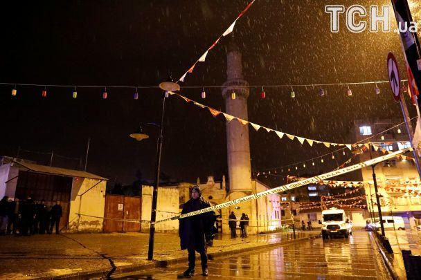 У Туреччині 2 мирних жителів загинули внаслідок ракетного обстрілу з території Сирії