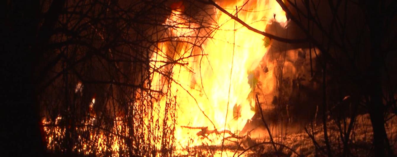 Во Львове чиновник горсовета сообщил о поджоге его авто и обвинил следствие в бездействии