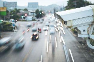 Видеокамеры будут регулировать светофоры