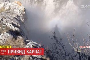 Таємнича людська тінь над Карпатами не на жарт налякала туристів
