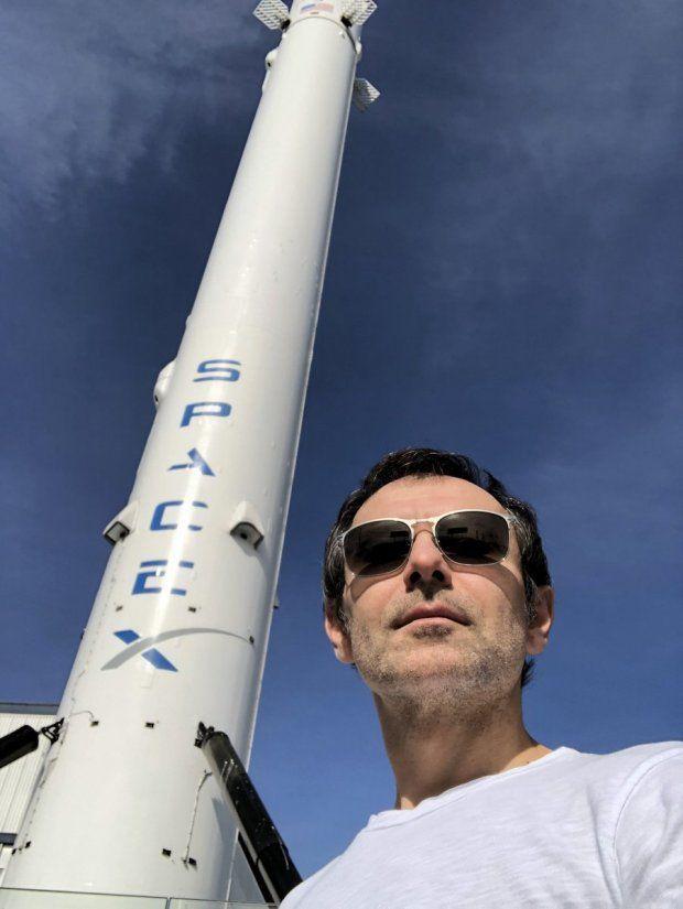 Вакарчук на Space X_1