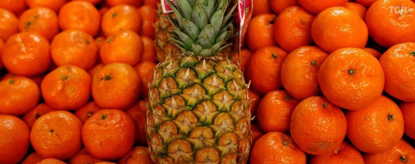 У Києві здешевшали цитрусові, але здорожчали банани та яблука
