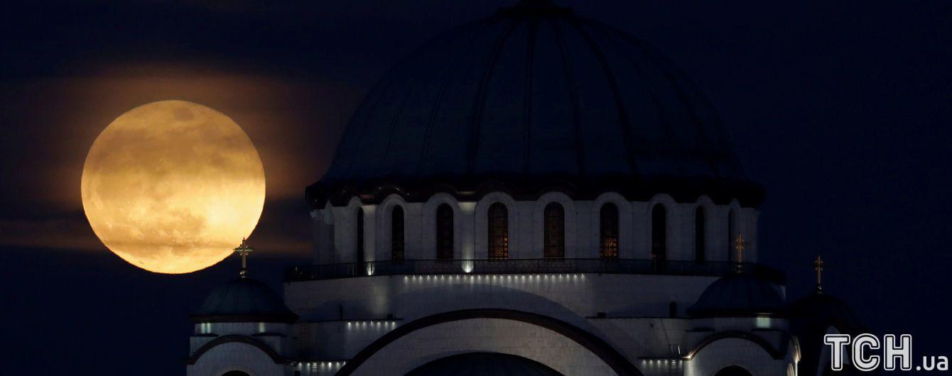 Космічне агентство пояснило токсичність місячного пилу