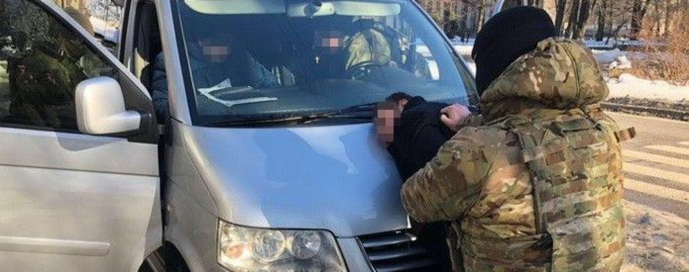 У Дніпрі схопили підозрюваного у нападі на фельд'єгерів із таємною кореспонденцією