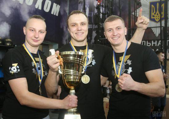 Миколаївські патрульні виявилися найсильнішими у перших всеукраїнських змаганнях серед копів